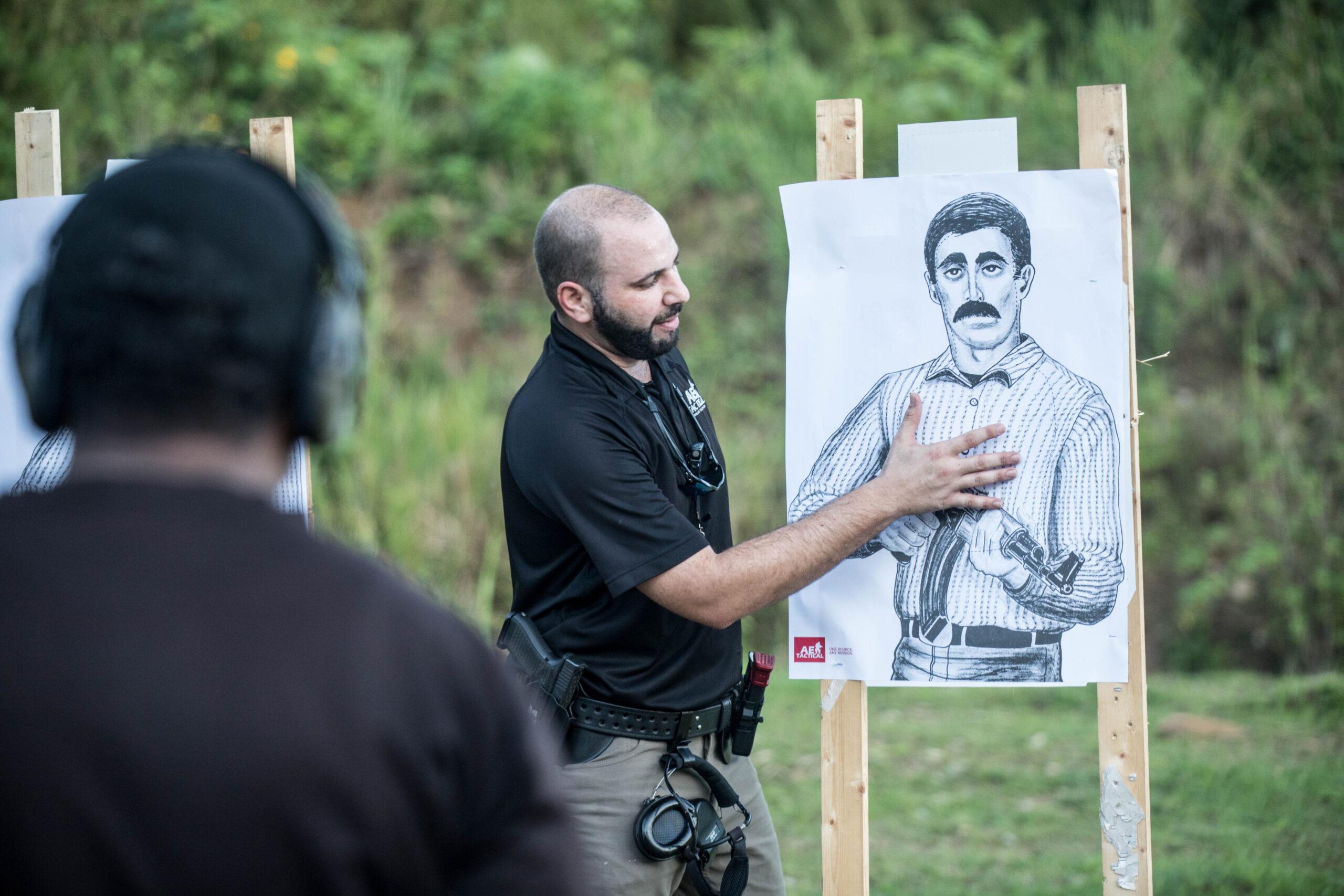 Luke Hadeed Instructing in defensive handgun level 1